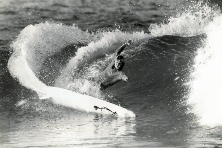 A tribute to Surf Photographer – Marty Tullemans